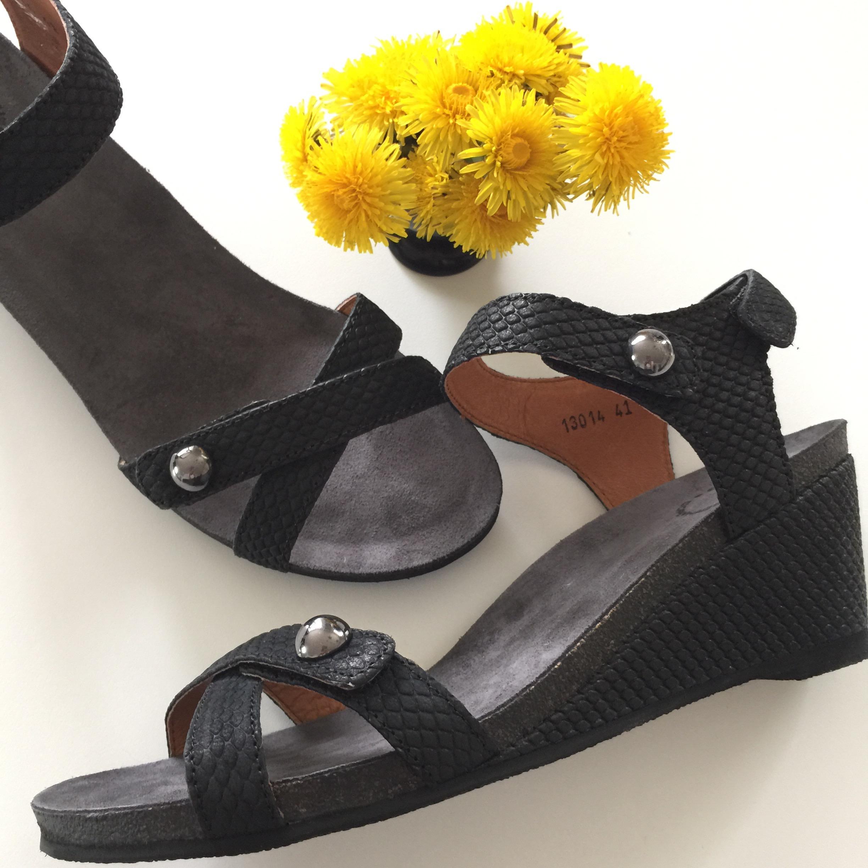 cashott sandaler.JPG